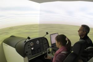 Apprentissage du pilotage sur simulateur de vol professionnel